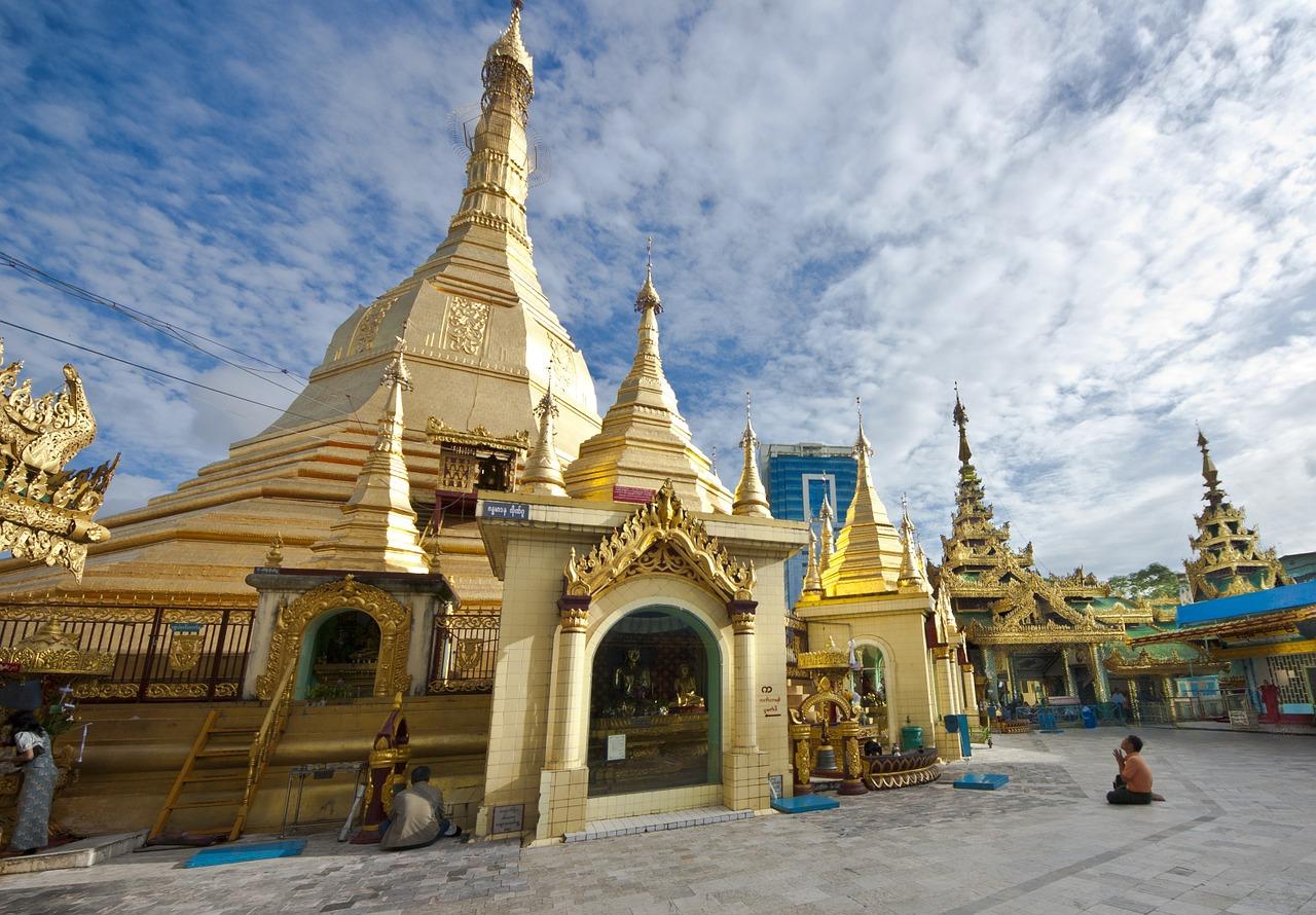 myanmar-1456550_1280.jpg